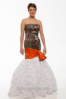 "8070-R ""Barbara"" Textured Roses and Camo Mermaid"