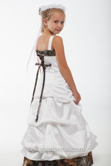 3135 fg Matching Flowergirl to Adult 3135