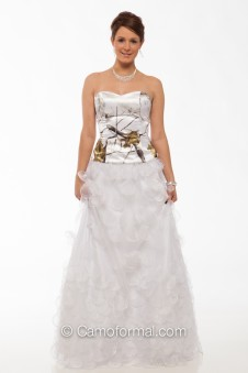 9059-Top and Organza Tear Drop Skirt