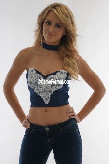 9062 Crop Top Lace Applique