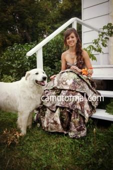 * 3045Seq Trim Pickup Skirt