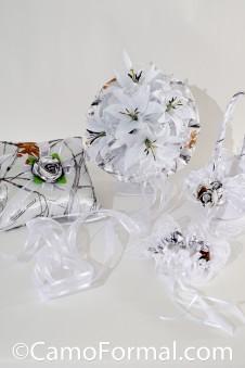Snow Bouquet, Garter, Pillow, Basket
