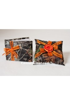 Camouflage Guest Book and Pillow Set