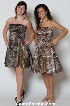 *HC 7700GI Short A-line with Dot-Sequin Insert