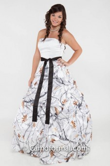 * 3044M Strapless Pickup Skirt with Sash