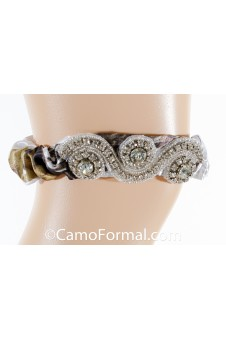 *Camo Garter with Heavy Crystal Accent
