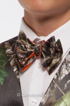 *Men's Self-Tie 2 Color Camo Bow Ties