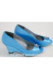 """Minka"" Dyeable Wedge Heel Shoe"