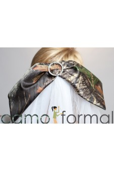 Camo Bow Veil with Rhinestone, Waist Length