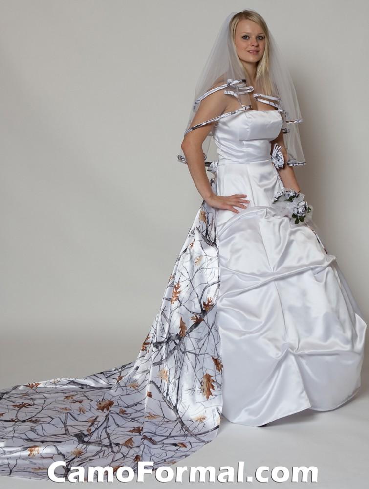 3044 white snow veil and detachable roses train 5386 1 - Camo Wedding Dress