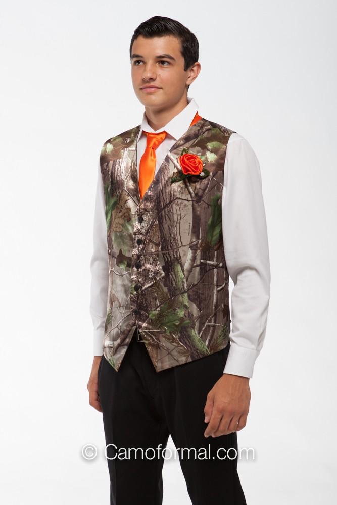 Camo Corsage And Boutonniere Camouflage Prom Wedding